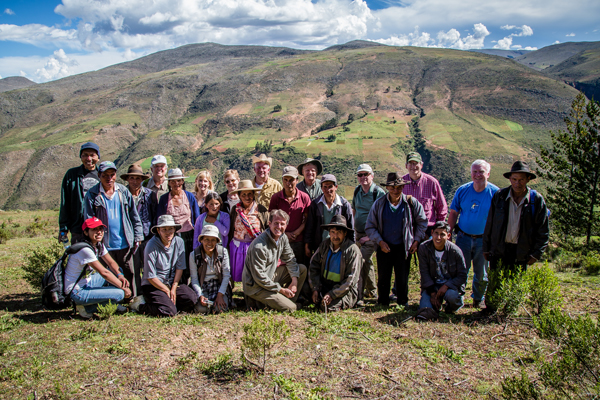 Bolivia Field Program poses with Outreach board members and supporters