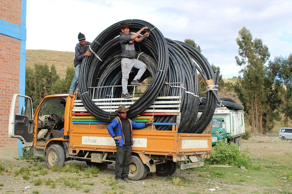 Bolivia irrigation tubing truck